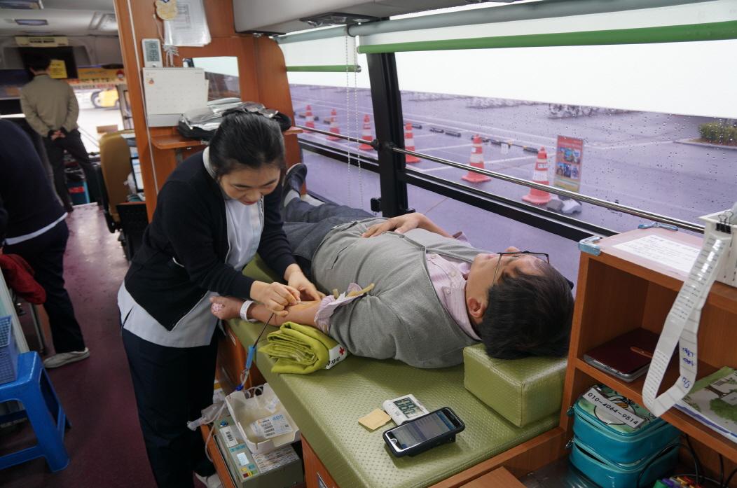 2018년 하반기 사랑의 헌혈캠페인(부산시민공원 야외주차장) 이미지1번째