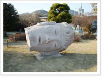 미완의 얼굴=생각의 흐름 - 정희욱(2011년) 조각품 사진
