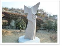바람불어 오는날 - 김형득(2011년) 조각품 사진