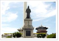 이순신장군 동상 사진